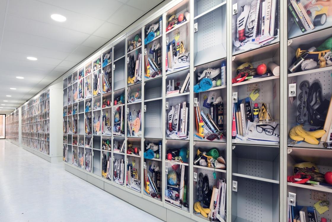 lockers in hallway 3 kopie